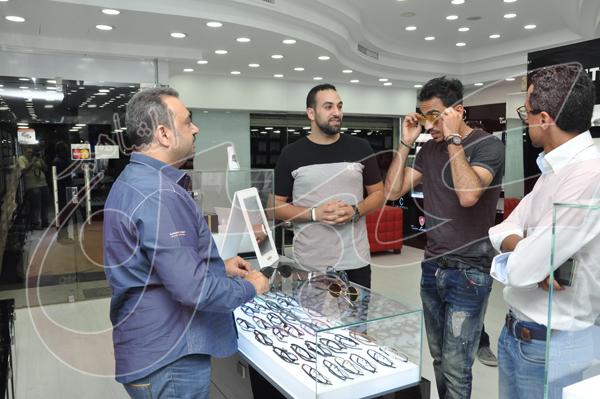 محمود كهربا يشتري نظارة شمسية بمبلغ 27 الف جنيه (5)