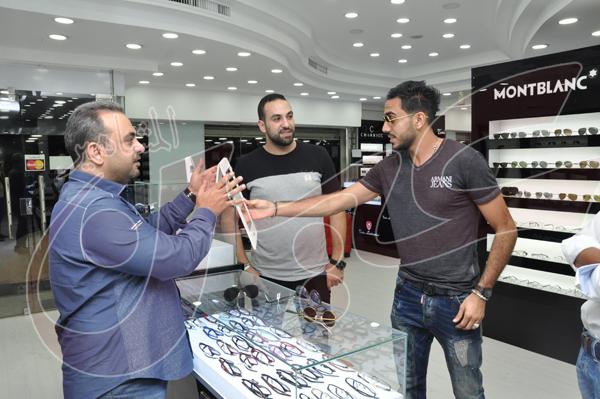 محمود كهربا يشتري نظارة شمسية بمبلغ 27 الف جنيه (6)