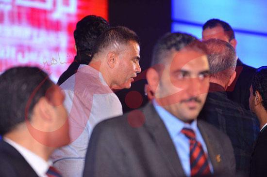 عمرو دياب ومحمد حماقى (25)