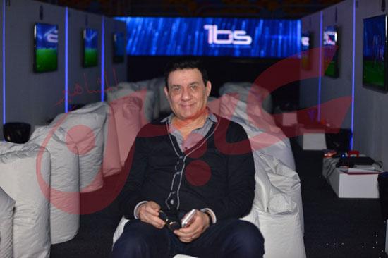 عمرو دياب ومحمد حماقى (21)