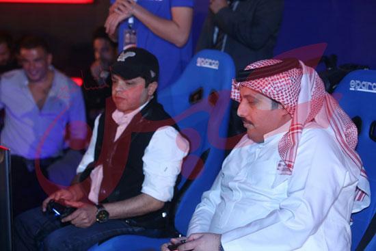عمرو دياب ومحمد حماقى (17)