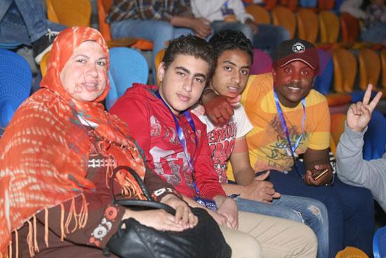 عمرو دياب ومحمد حماقى (12)
