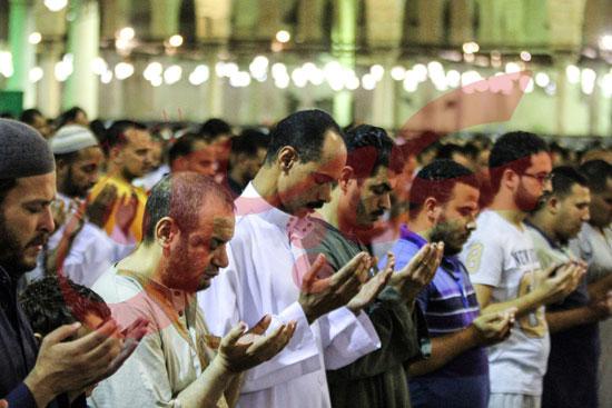 صلاة التراويح بمسجد عمرو بن العاص (14)
