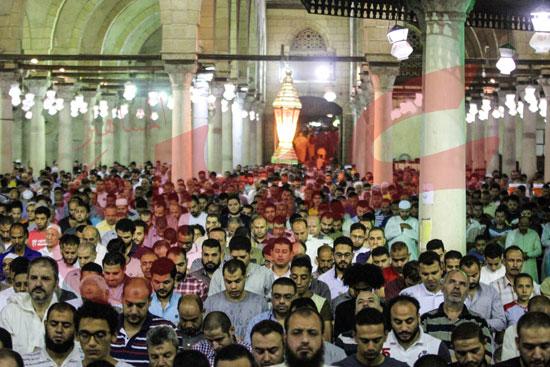 صلاة التراويح بمسجد عمرو بن العاص (10)