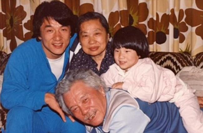 جاكي شان ووالده