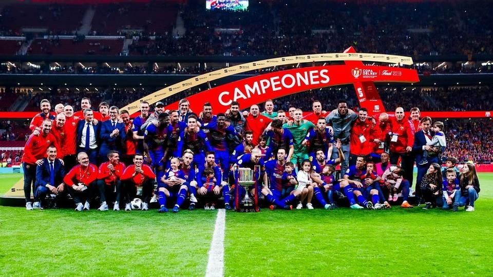 -برشلونة-بطل-الثنائية-المحلية-فى-اسبانيا