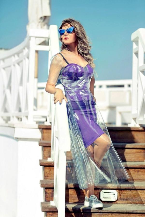 سميرة سعيد و فستان بلاسيتك