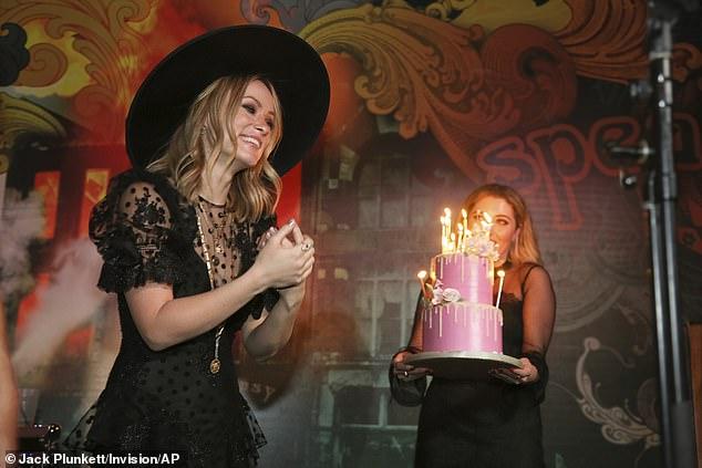 اوليفيا وايلد تحتفل بعيد ميلادها الـ 35 (1)