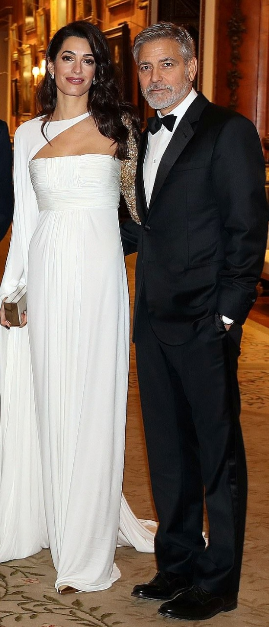 جورج و أمل كلونى فى حفل قصر باكينجهام (5)