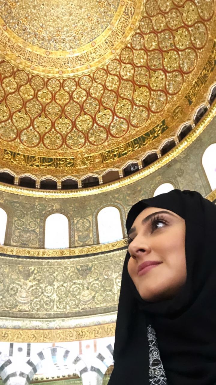 تكريم البحرينية هيفاء حسين فى فلسطين وزيارتها للقدس (2)