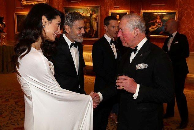 جورج و أمل كلونى فى حفل قصر باكينجهام (6)