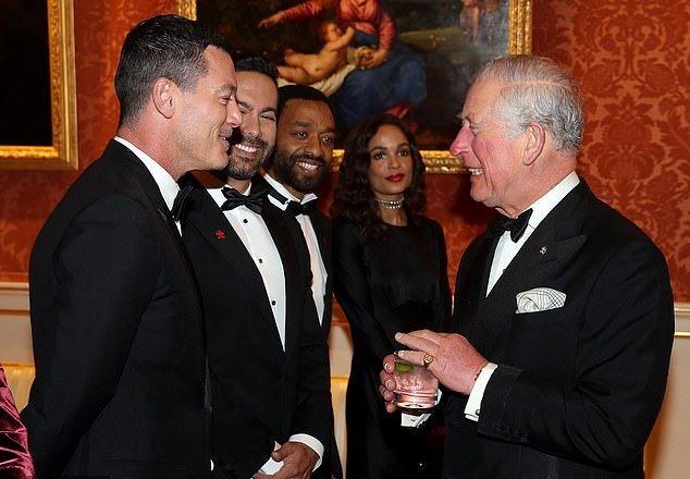 جورج و أمل كلونى فى حفل قصر باكينجهام (2)