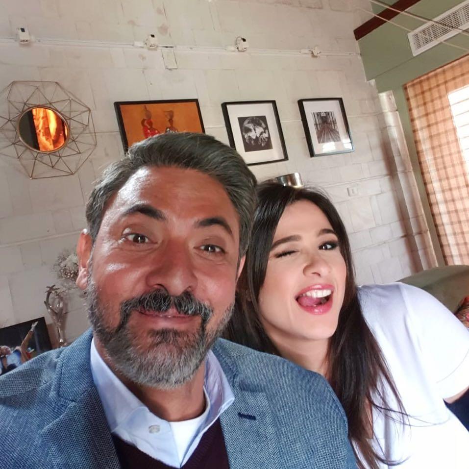 الفنانة ياسمين عبدالعزيز مع الفنان فتحي عبدالوهاب