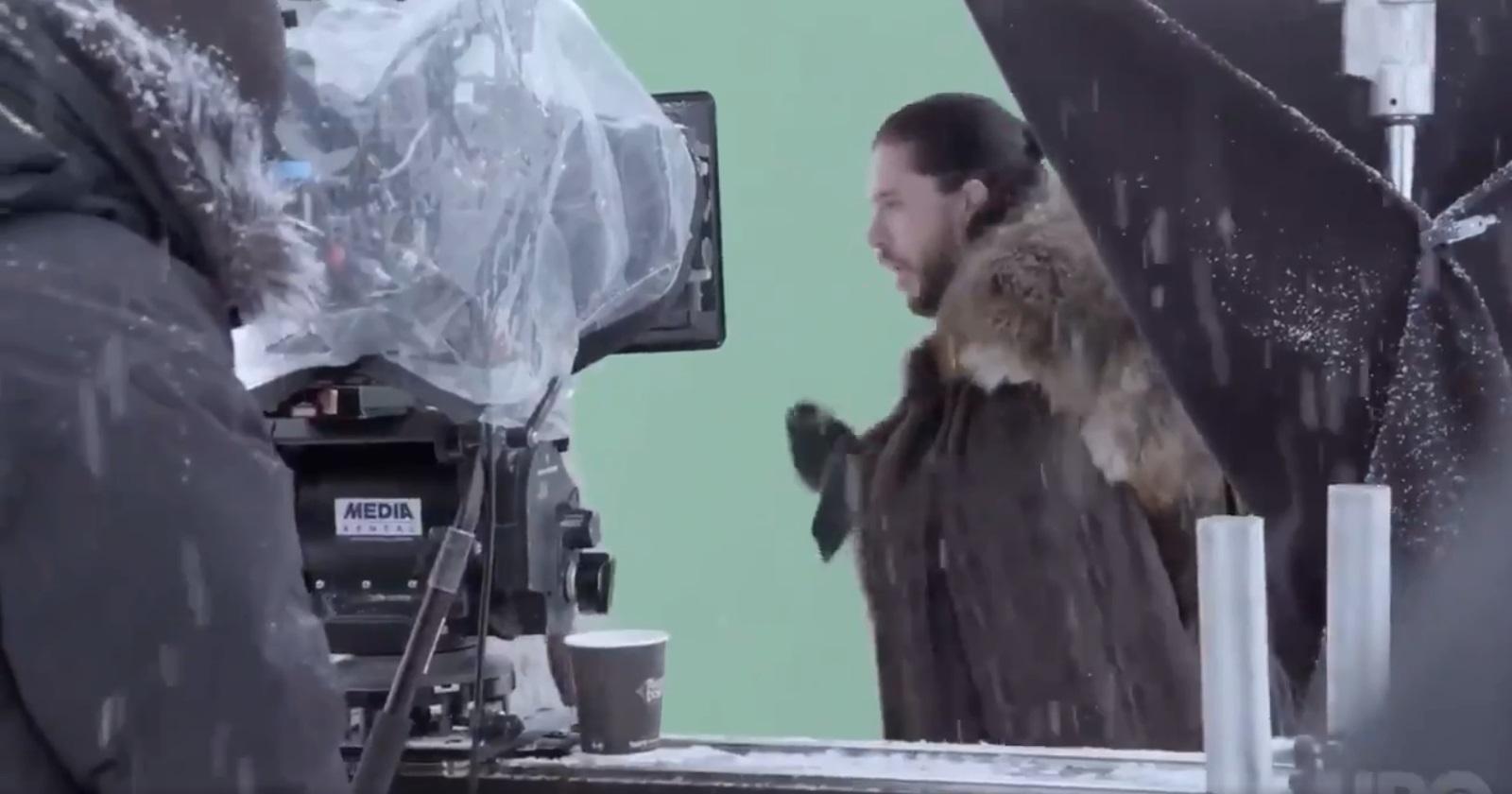 Kit Harington pretending to gag after kissing Emilia Clarke Game of Thrones