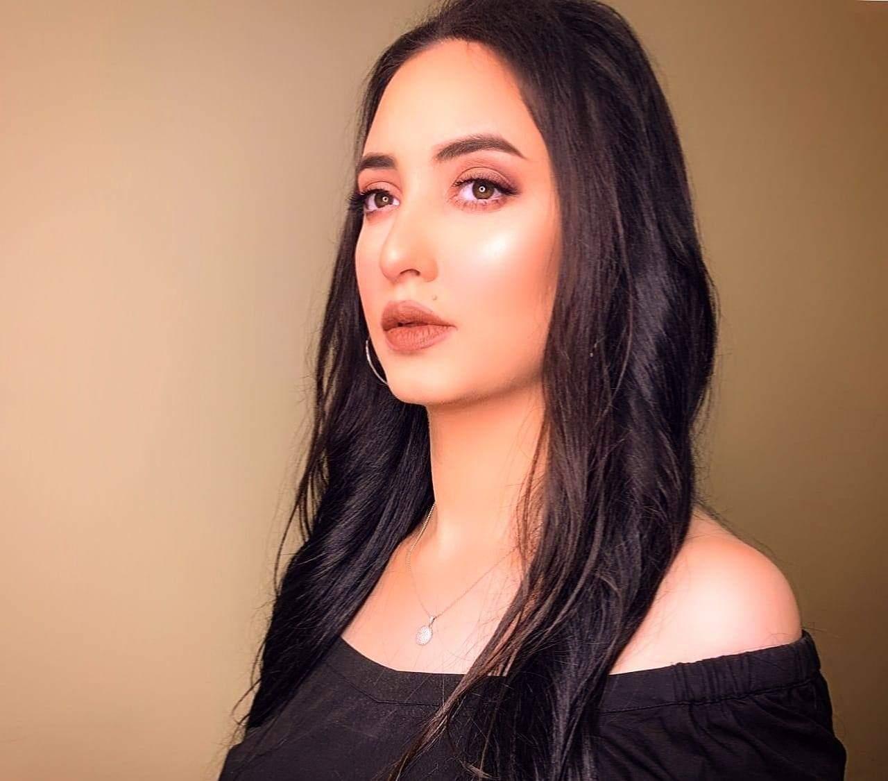 هبة حسن (3)