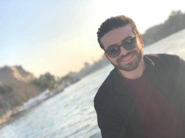 فاروق هاشم المؤلف