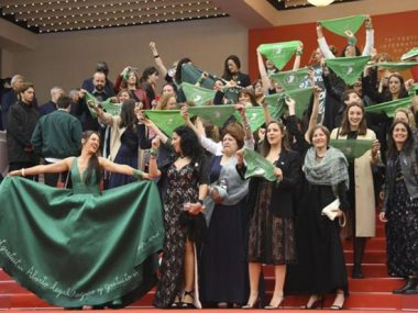 احتجاجات ضد قانون الاجهاض فى مهرجان كان