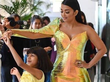 آيشوريا راي ترقص مع ابنتها