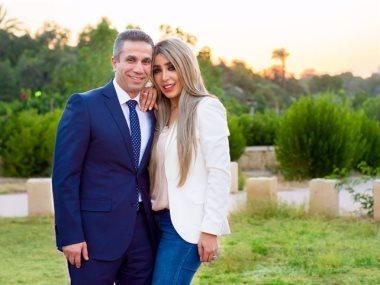 المتحدث العسكري السابق وزوجته ايمان ابو طالب