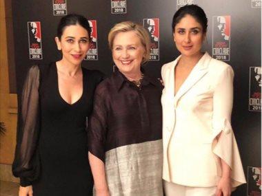 كارينا كابور وكاريشما كابور مع هيلارى كلينتون