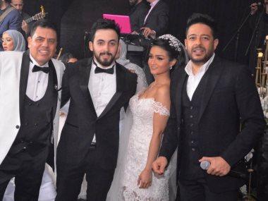 محمد حماقى والعروسين