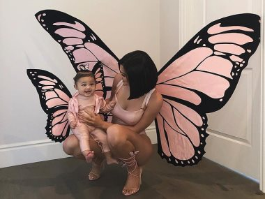 كايلى وابنتها