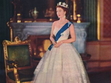 الملكه اليزابيث