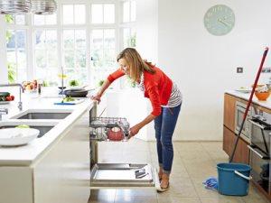 غسيل المواعين - غساله اطباق - اعمال تنظيف المنزل