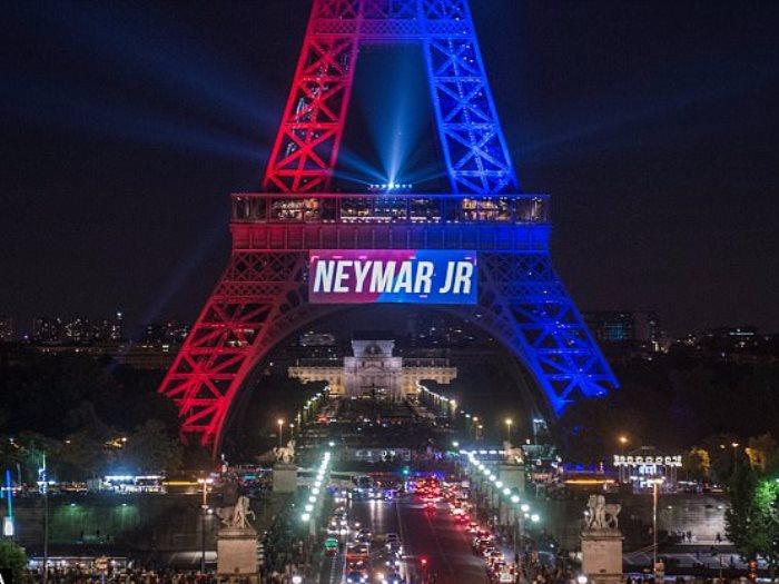 الاحتفاء بنيمار فى باريس