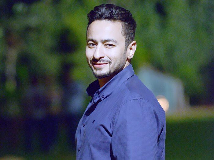 حمادة هلال يدرس تقديم فيلم «سجن خصوصى» مع مخرح «عمر الأزرق»