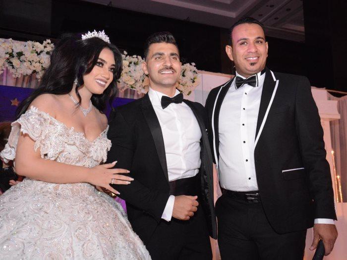 الليثى والعروسين