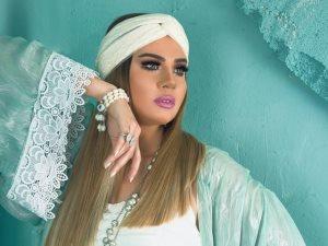 صور.. رانيا فريد شوقى عن آخر جلسة تصوير لها: «الهرى اشتغل..متعودة دايما»