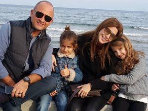 فيديو.. «السعادة» هى شعار عائلة نانسى عجرم