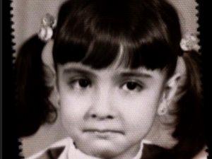 صورة لفنانة مصرية فى طفولتها.. خمن من هى؟