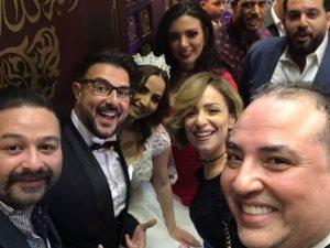 صورة.. ريم البارودى مع العريس كريم أبو زيد وعروسته