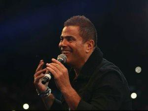 بالصور.. عمرو دياب يشعل حفله فى كايروفيستفال سيتى