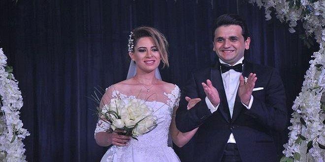 فستان-زفاف-أسطوري-لزوجة-مصطفى-خاطر-نجم-مسرح-مصر-3