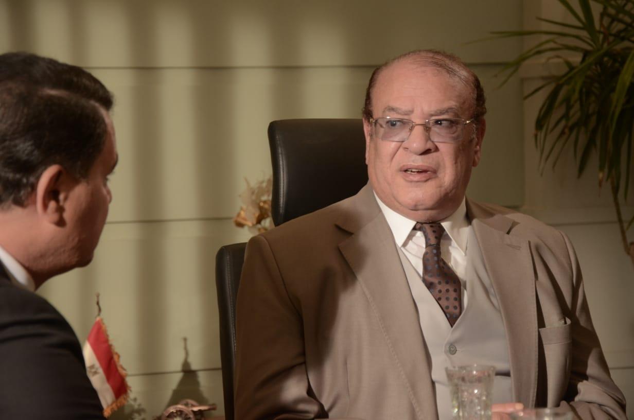 فيلم خلى بالك من اللى جاى احلى (1)