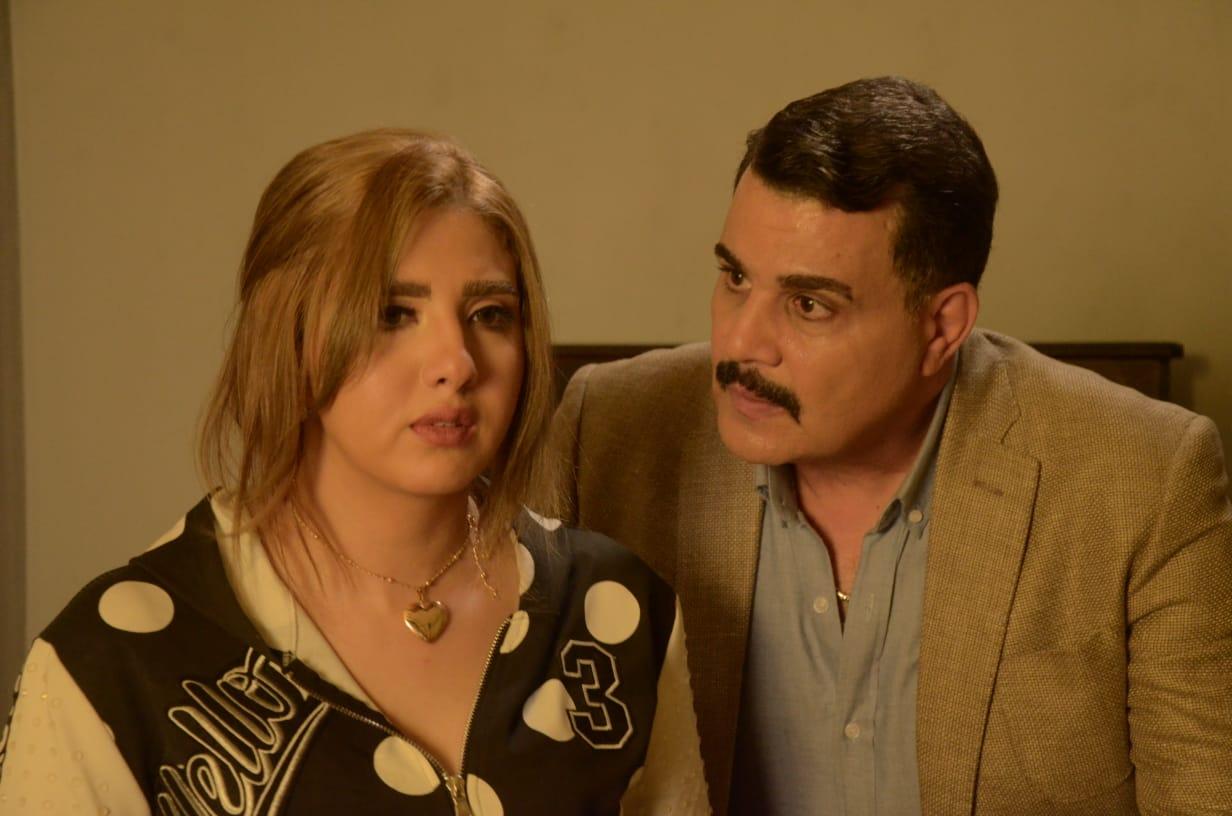 فيلم خلى بالك من اللى جاى احلى (4)