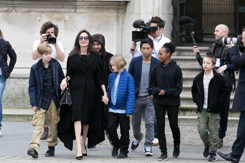 عائلة أنجيلينا جولي