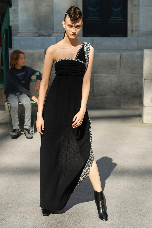 الأسود ملك الموضة  (3)