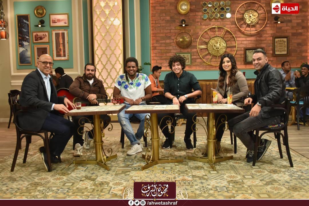 أشرف عبد الباقى و آيتن عامر و زوجها  محمد عز العرب (4)