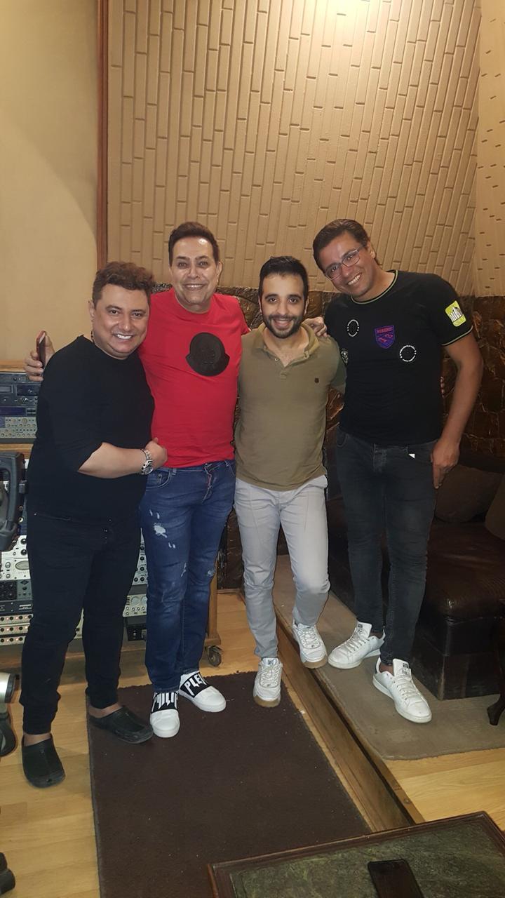 حكيم وأشرف البرنس و مصطفى حسن و محمد عبد المنعم