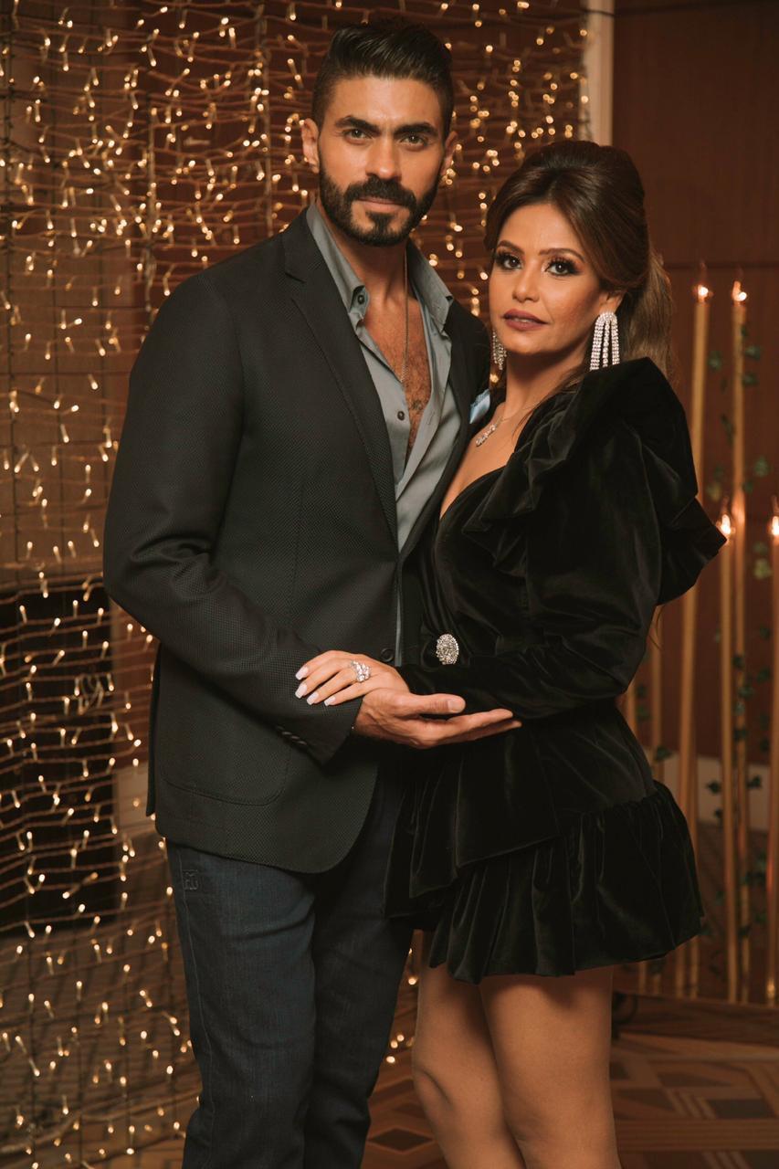 خالد سليم وزوجته (2)