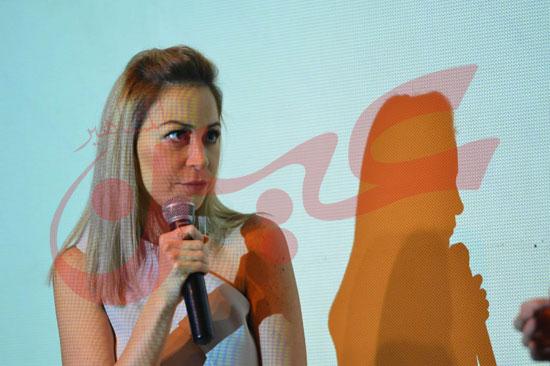 منة شلبى (2)