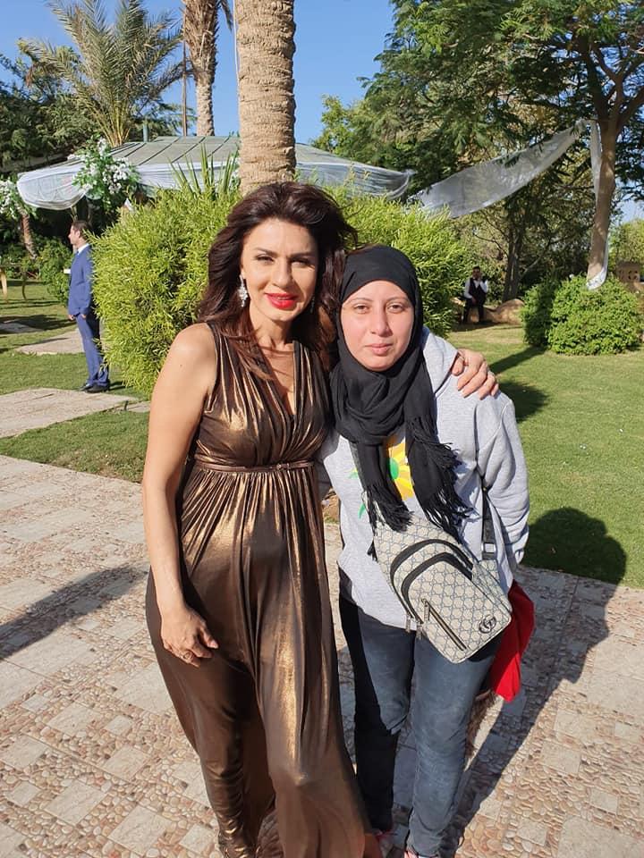 الفنانة نجلاء بدر