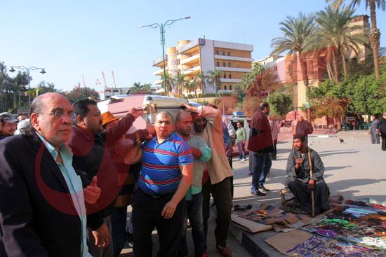 بدء-جنازة-شعبان-عبد-الرحيم-(1)
