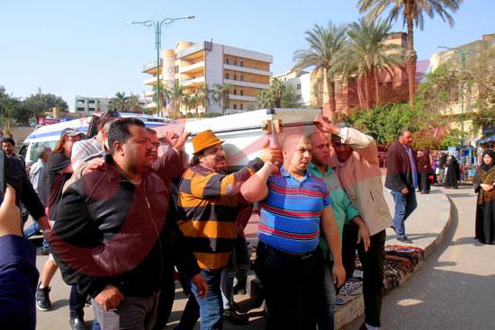 بدء-جنازة-شعبان-عبد-الرحيم-(3)