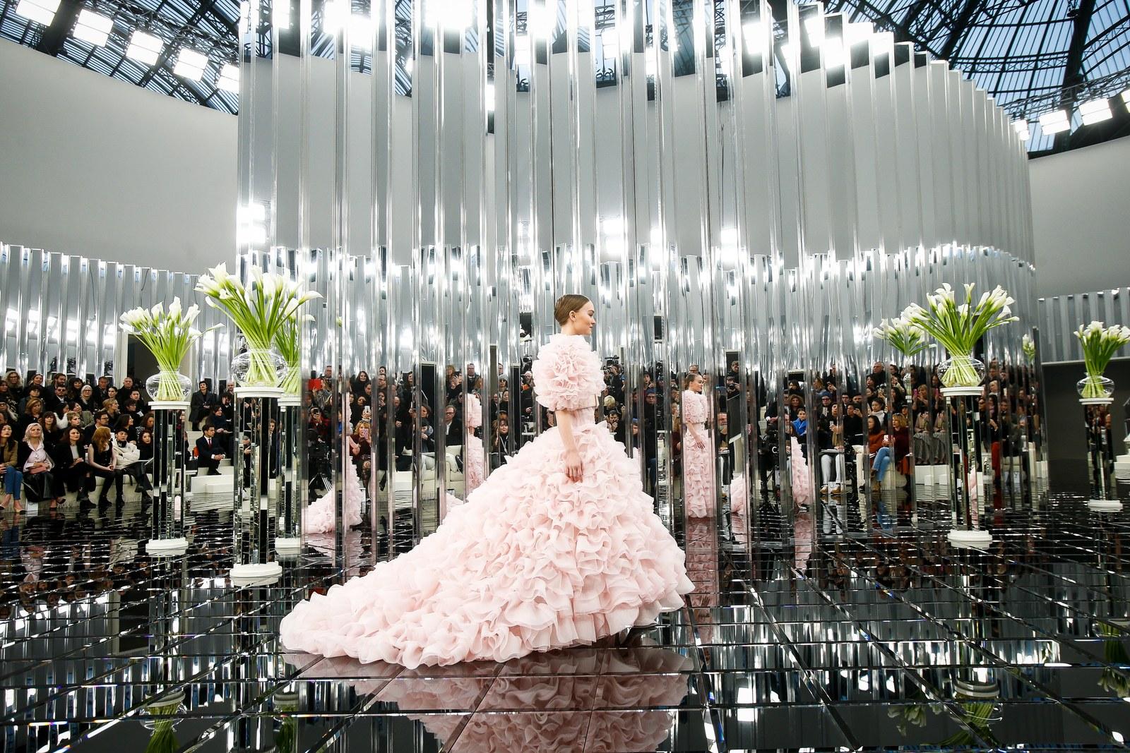 شانيل هوت كوتور لربيع وصيف 2017 عرض أزياء
