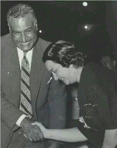 أم كلثوم مع عبد الناصر